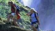 Đi bộ- những bước chân âm thầm tuyệt vời cho sức khỏe