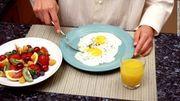 2 bữa ăn lớn có thể tốt hơn 6 bữa nhỏ để giảm cân