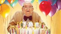 """""""Truy tìm"""" kinh nghiệm của những người đã sống qua 100 tuổi"""