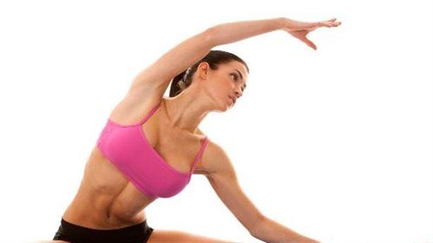 Yoga - Chăm sóc thể chất, nuôi dưỡng tâm hồn