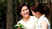 10 điều 'bá đạo' nhưng ý nghĩa mẹ vợ gửi tặng mẹ chồng