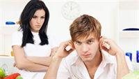 7 dấu hiệu cho thấy đàn ông đang chán vợ