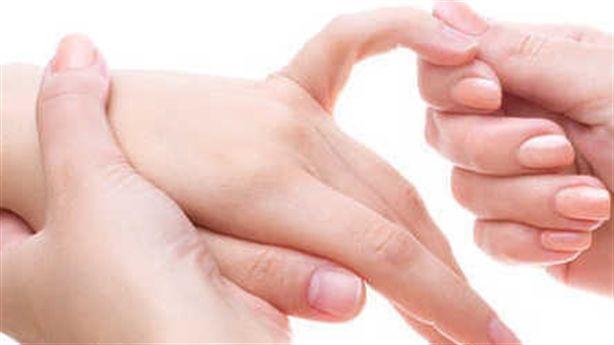 Sống khỏe mạnh cực đơn giản chỉ bằng massage ngón tay