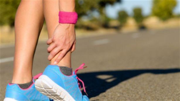 5 biểu hiện cho thấy cơ thể thiếu canxi