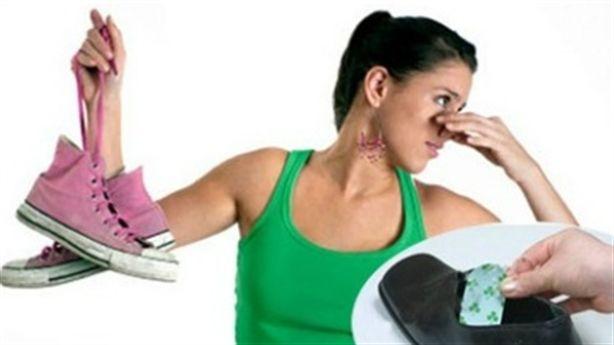 9 mẹo khử mùi hôi chân khi đi giày thường xuyên