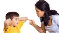 """Bố mẹ cần """"ra tay"""" chấm dứt 5 """"thói hư tật xấu"""" này của con"""