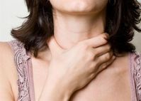Triệu chứng của u tuyến giáp