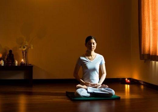 Ngồi THIỀN tư thế hoa sen và 6 lợi ích tuyệt vời