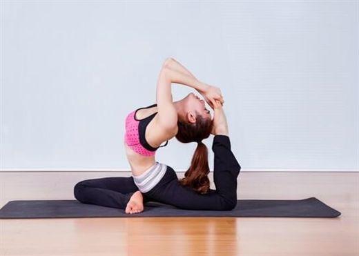 4 bài tập yoga giảm mỡ vòng 2 nhanh chóng