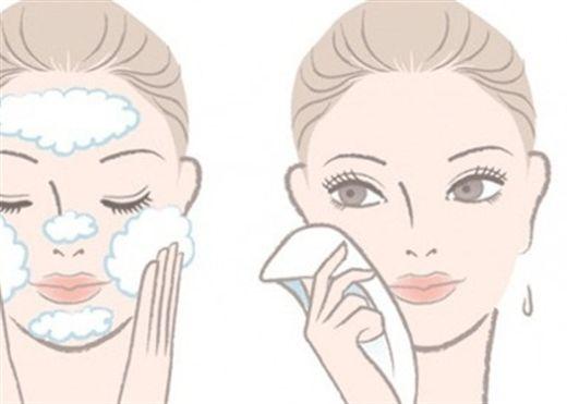 Để tuổi 40 không một nếp nhăn, hãy rửa mặt theo các cách sau
