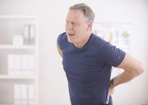 8 bí quyết thể dục tại nhà chữa khỏi bệnh viêm cột sống dính khớp