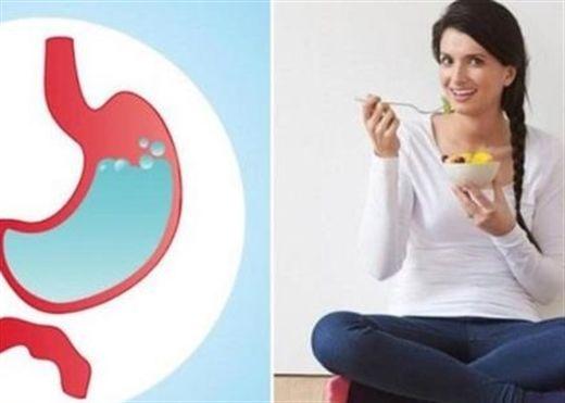 Ngồi khoanh chân khi ăn cơm có nhiều lợi ích bất ngờ mà bạn không nghĩ đến