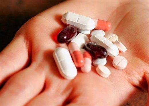 Hễ ho là dùng kháng sinh: Cẩn thận ho thêm
