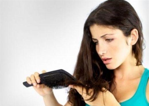 Đừng lơ là khi tóc đột nhiên rụng nhiều bất thường