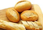 Bánh mì không cung cấp đủ dinh dưỡng mà còn gây ra nhiều bệnh tật