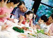 Phòng tránh ngộ độc thực phẩm ngày Tết: Chuyện không bao giờ thừa