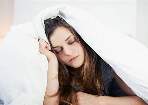 Bạn có biết vì sao cơ thể vẫn cảm thấy mệt mỏi sau khi đã ngủ qua một đêm dài?
