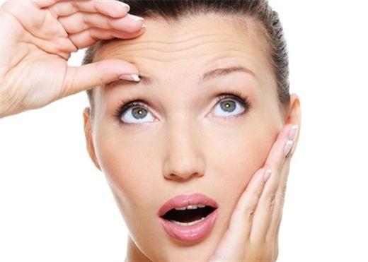 8 dấu hiệu cho thấy da bạn đang lão hóa nhanh chóng