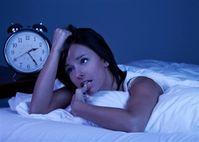 Thiếu ngủ hay ngủ quá nhiều đều có nguy cơ cao mắc bệnh tim, đãng trí