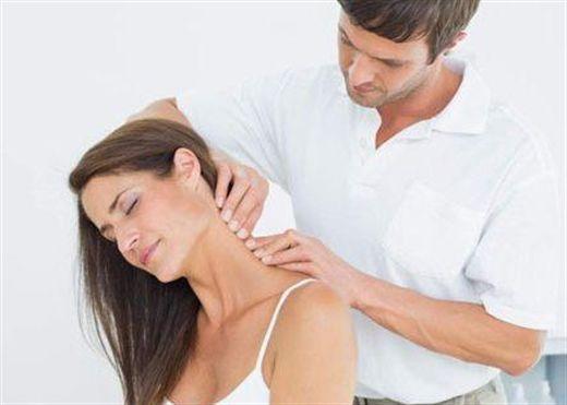Những cách chữa đau vai cổ gáy tại nhà hiệu quả nhất
