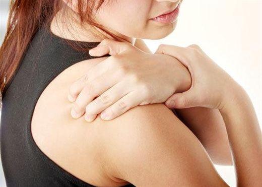 Viêm khớp vai thể đông cứng: căn bệnh phổ biến nhưng ít người biết