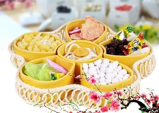 Chọn bánh mứt, hạt dưa như thế nào để bảo vệ sức khỏe gia đình trong dịp Tết