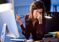 Cách bảo vệ mắt cho những người thường xuyên phải làm việc với máy tính, điện thoại