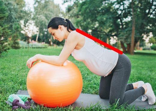 3 tư thế tốt cho bà bầu giúp kỳ thai sản trôi qua dễ dàng