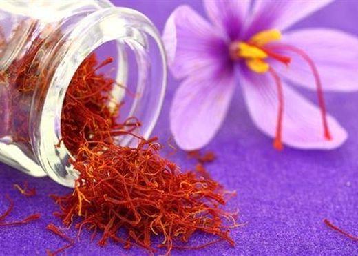 Công thức mặt nạ từ Saffron (nhụy hoa nghệ tây) cho da trắng sáng