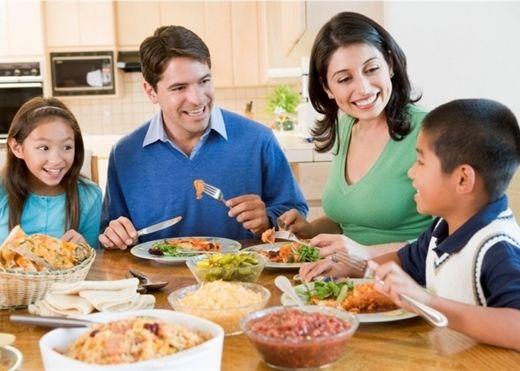 Những việc không được làm trước khi ăn cơm tránh gây hại cho sức khỏe