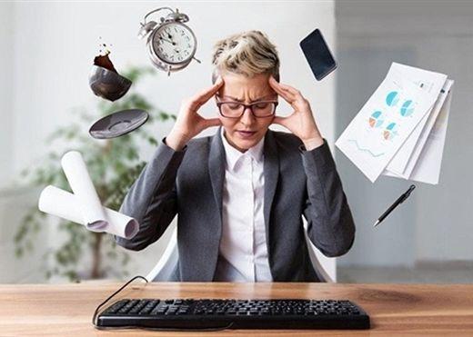Bỏ ngay những thói quen này bạn sẽ hạn chế được triệu chứng đau đầu thường xuyên