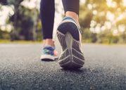 Lợi ích đáng kể của việc đi bộ và làm thế nào để cải thiện sức khỏe của bạn