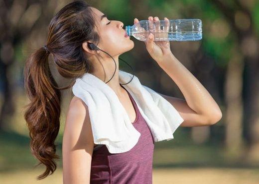 Bạn có đang uống nước đúng cách? Bài viết sau đây sẽ cho bạn câu trả lời