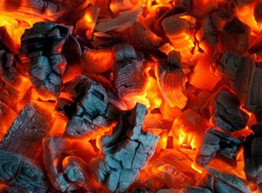 Cảnh báo: Nguy cơ ngộ độc, dẫn đến tử vong khi sưởi ấm bằng than