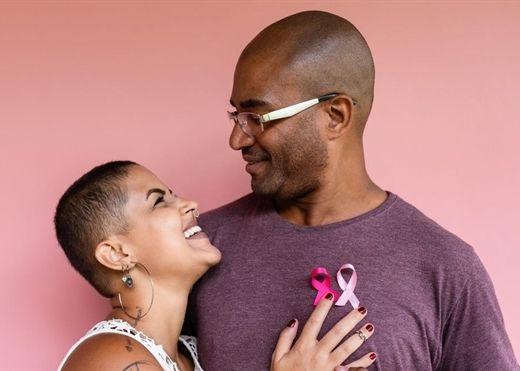 Ung thư vú không phải là bệnh của riêng phụ nữ mà còn tấn công sang cả nam giới