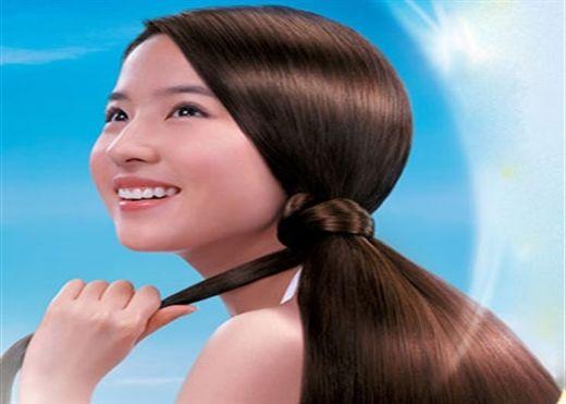 5 mẹo đơn giản giúp tóc dày hơn và những nguyên nhân phổ biến gây rụng hoặc mỏng tóc