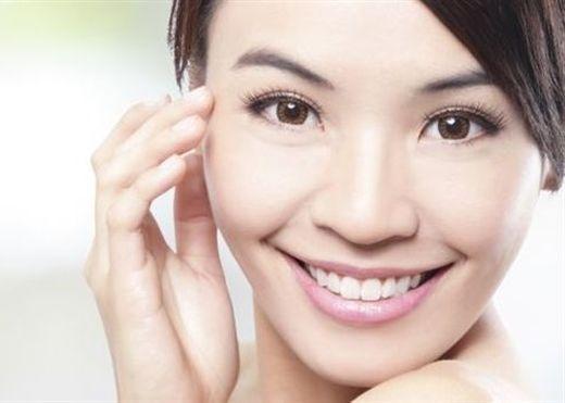 Nếu đang loay hoay vì da xỉn màu, hãy bổ sung ngay Vitamin C để có làn da sáng bóng