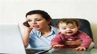 Cha mẹ mải mê điện thoại, con kém tư duy ngôn ngữ