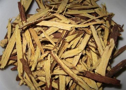 Cam thảo giải độc nhưng dễ gây độc