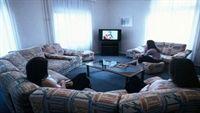 Cực nguy hại khi xem tivi 3 giờ/ngày