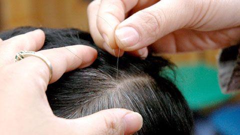 """10 mẹo """"biến"""" tóc bạc thành tóc đen tự nhiên"""