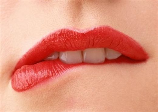 Bí quyết sở hữu làn môi không bao giờ nứt nẻ