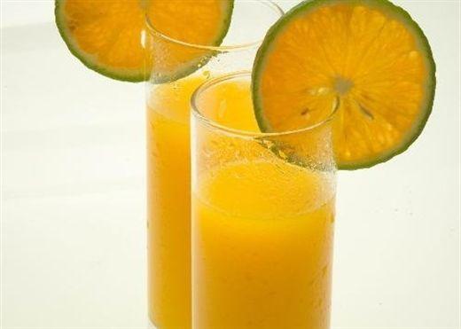 1 ly nước cam bằng 1 thang thuốc bổ