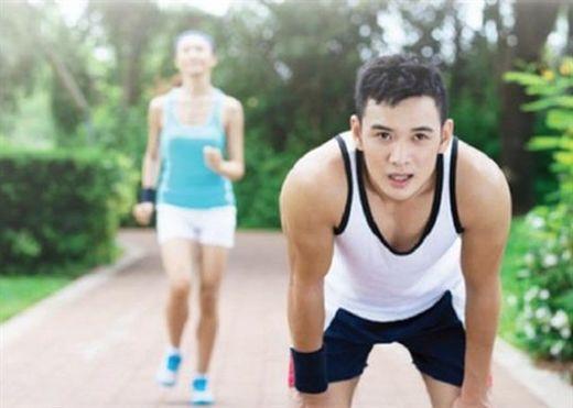 Tập thể dục không đủ để giảm bớt tác hại của ngồi nhiều