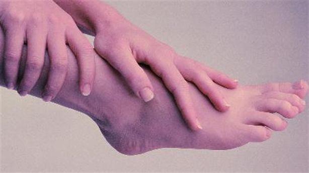 Khi chân nổi gân xanh - chớ dại mà chủ quan
