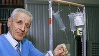 Jack Kevorkian - bác sĩ đấu tranh không mệt mỏi cho