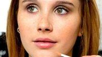 9 công dụng làm đẹp bất ngờ từ son môi