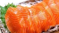 Ăn gỏi cá hồi: Dễ nhập viện