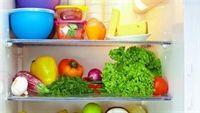 Cách đơn giản xua tan mùi hôi tủ lạnh