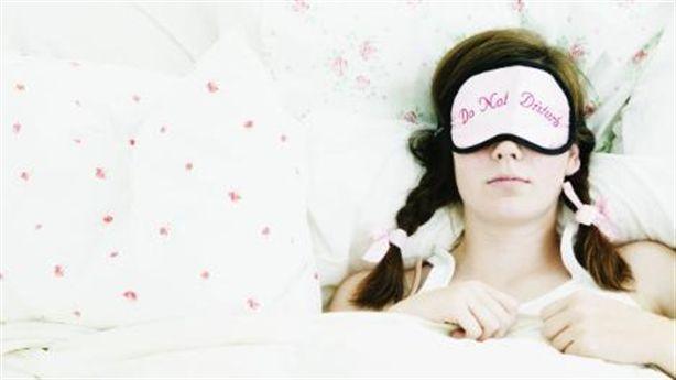 Kỹ thuật THỞ 4-7-8 giúp ngủ ngon sau 60 giây